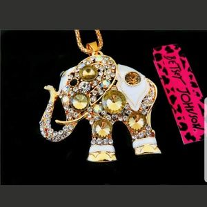 BJ YELLOW CRYSTAL ELEPHANT PENDANT NECKLACE